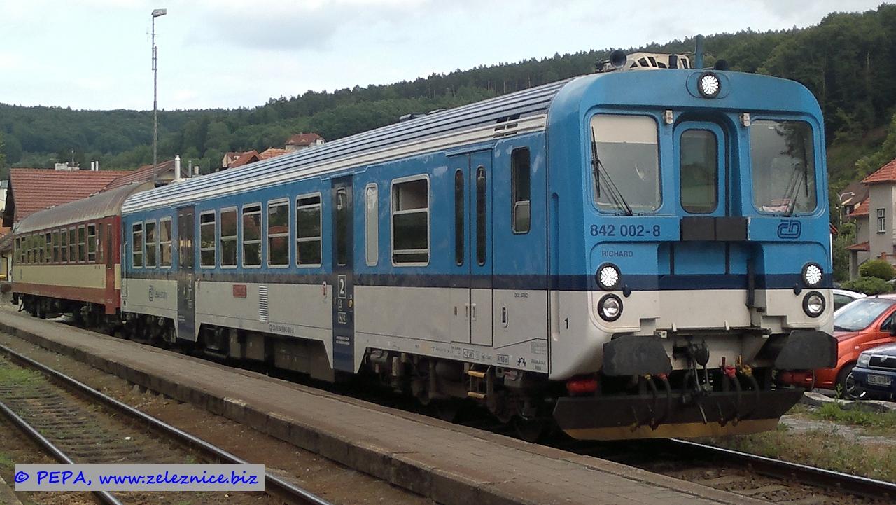 842 002-8 Luhačovice 14-7-2015